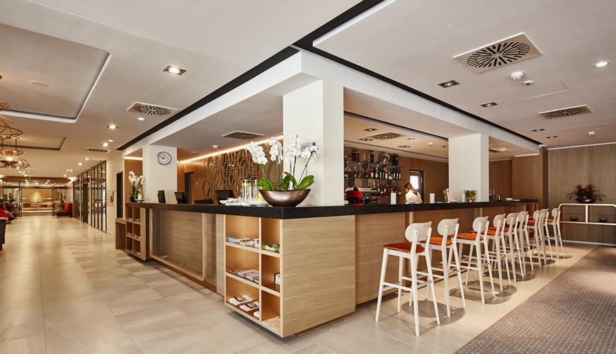Hotel Balance - Lobby Bar
