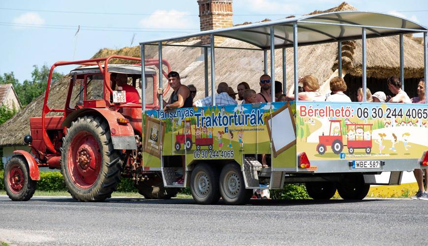 Tarisznyás Traktortúra